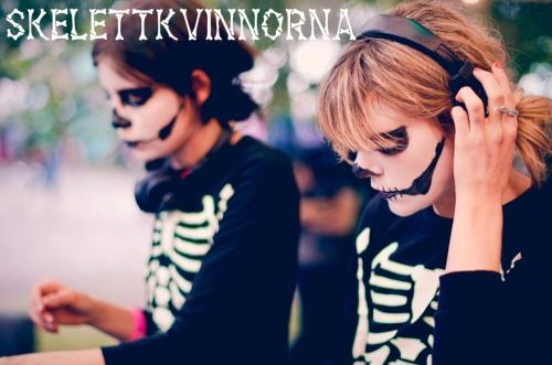 skeletkvinnorna